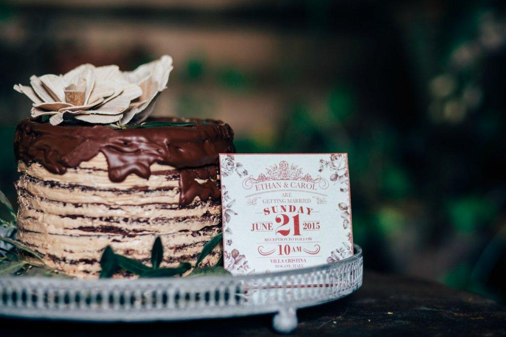 rustic wedding cake - Tuscany