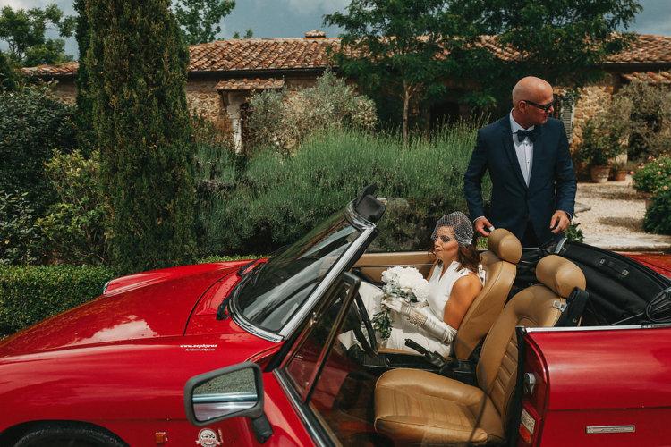 This elegant couple wedding in Tuscany best villa - Borgo Santo Pietro