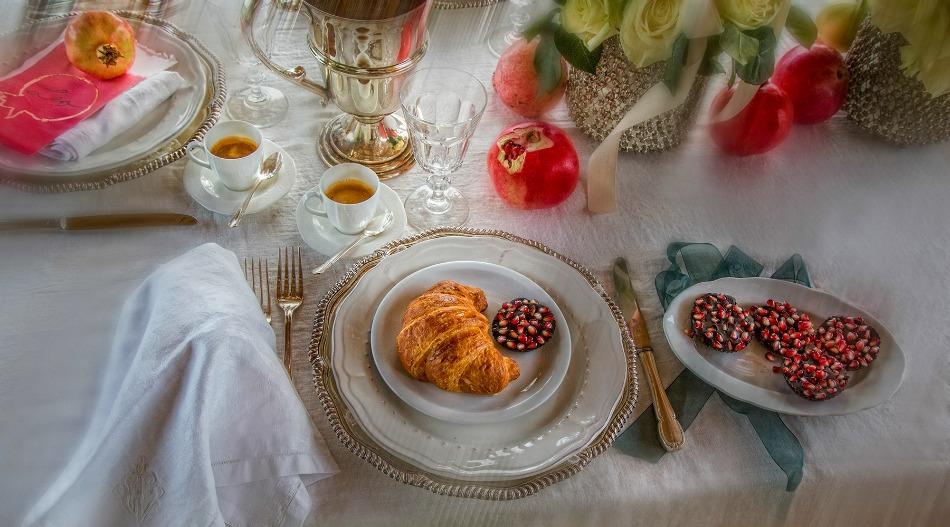 Pomegranate Fall Wedding Reception Styling Ideas from Tuscany