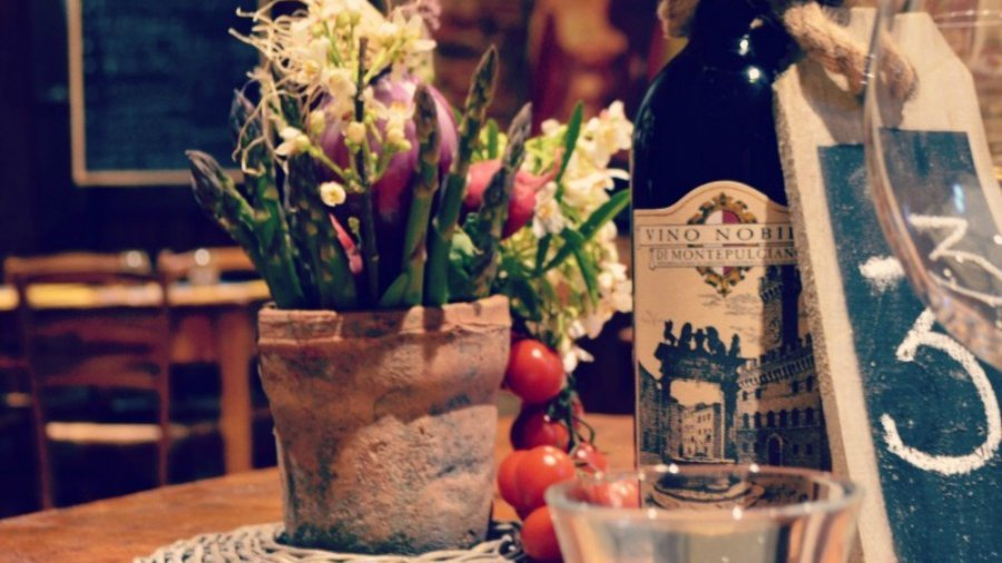 wedding menu ideas from Tuscany - where to dine in Montepulciano, Tuscany