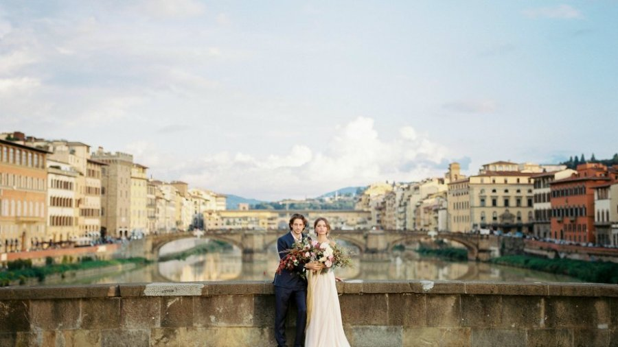 Fall Warm Colour Palette wedding Inspiration from Tuscany