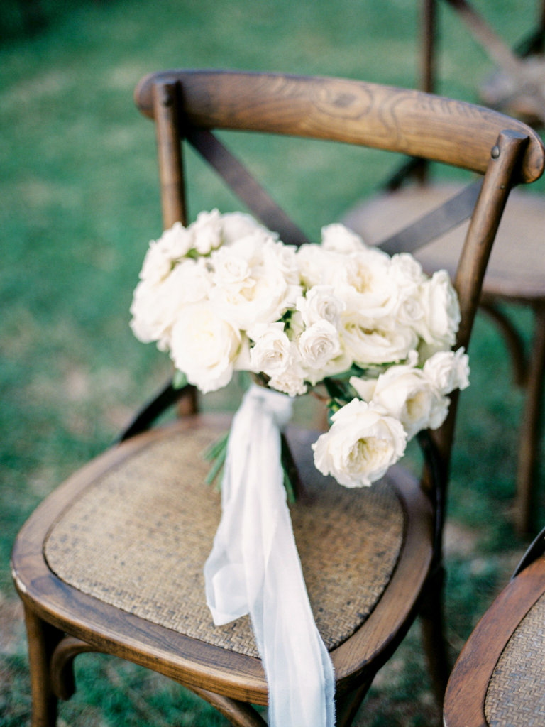 bridal bouquet all white roses