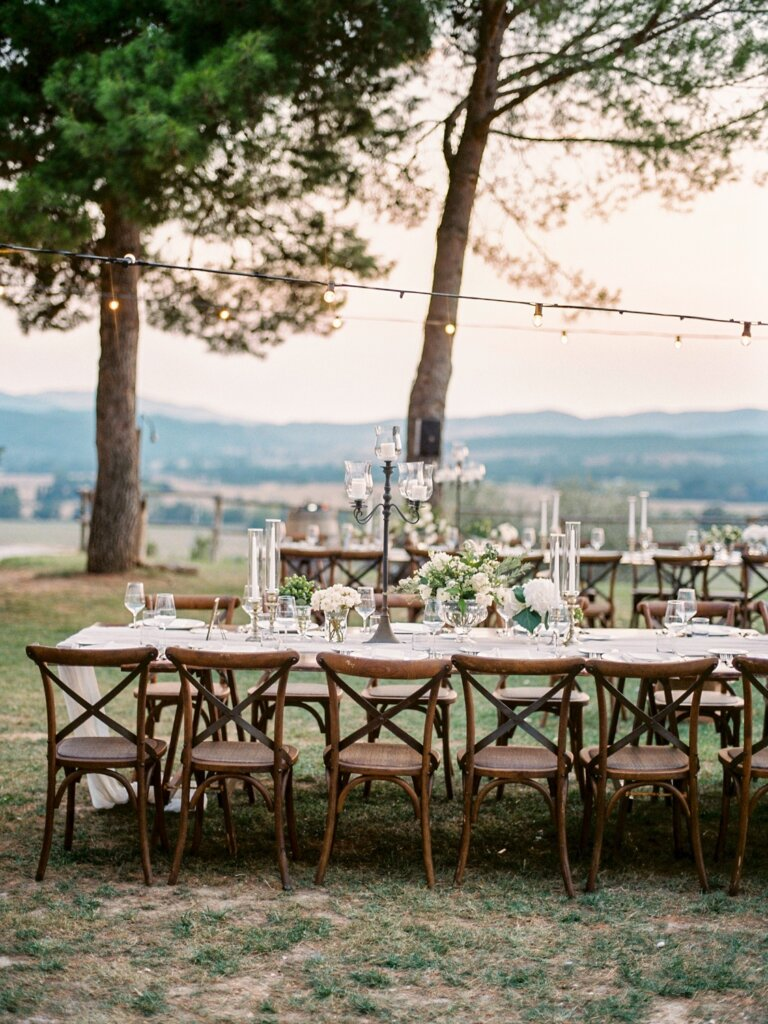 reception dining alfresco - Italian weddings by Natalia