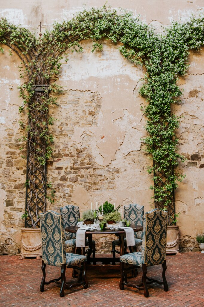 Elegant Tuscan Castle Organic Wedding Inspiration -ITALIAN WEDDINGS BY NATALIA