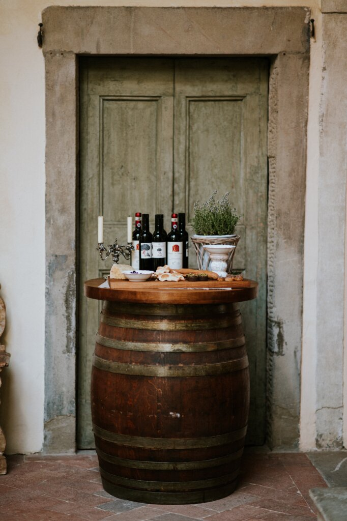 Elegant Tuscan Castle Organic Wedding Inspiration -ITALIAN WEDDINGS BY NATALIA
